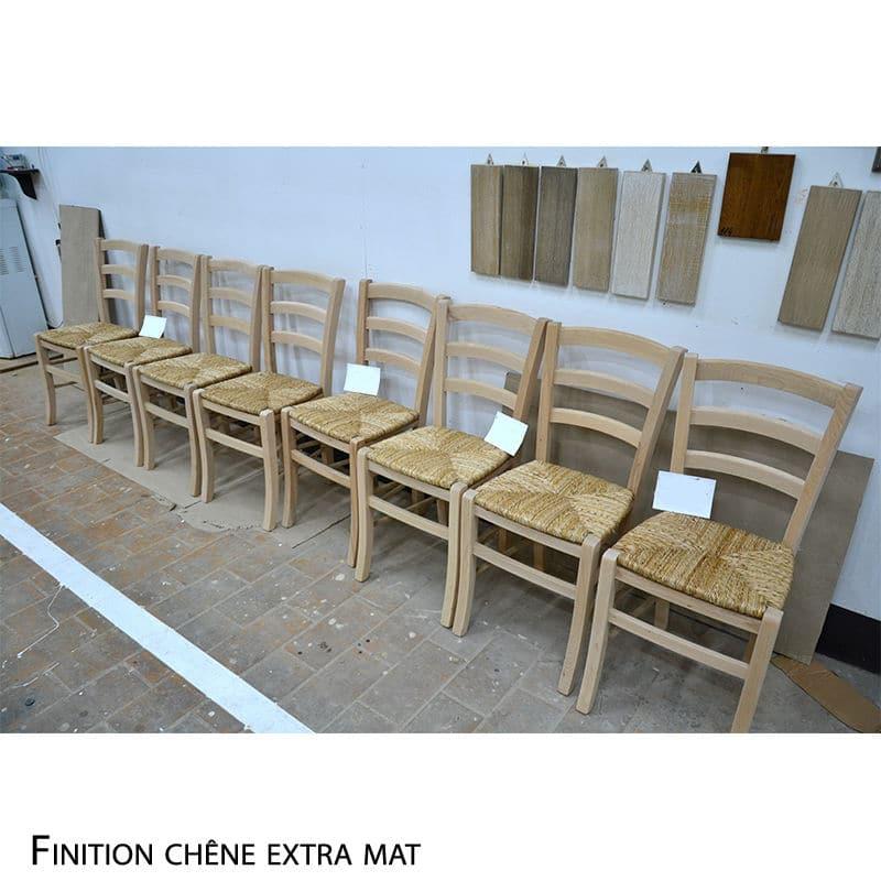 chaise en bois massif avec assise empallé design cottage / charme