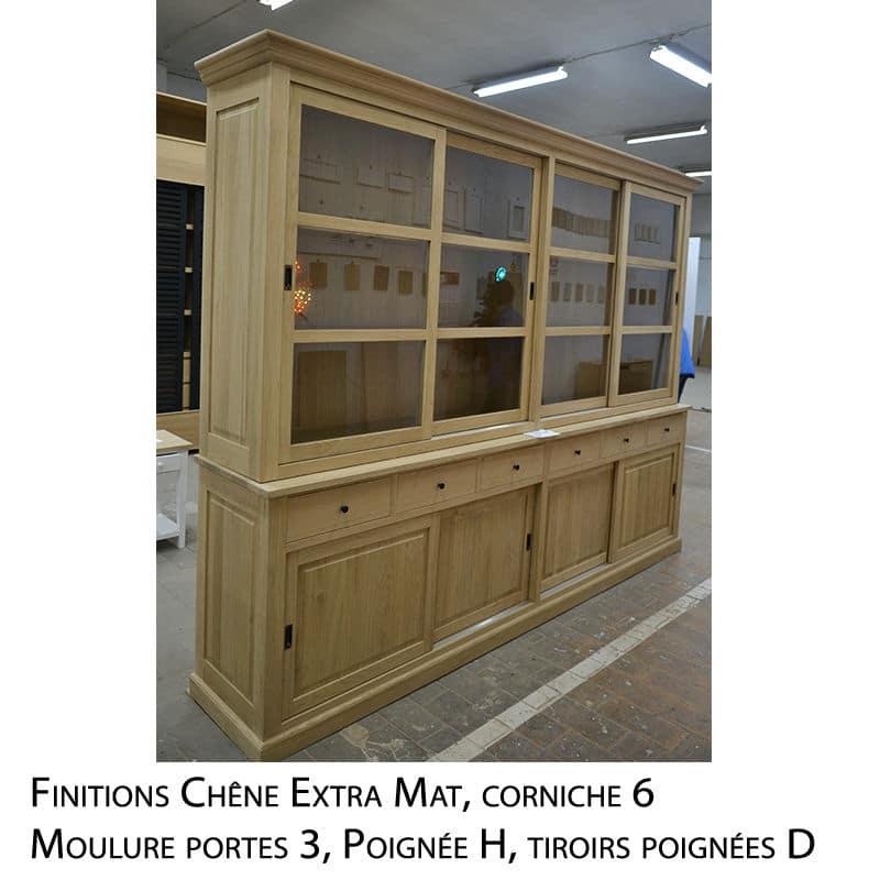 Meuble vitrine en chêne massif de style cottage sur mesure