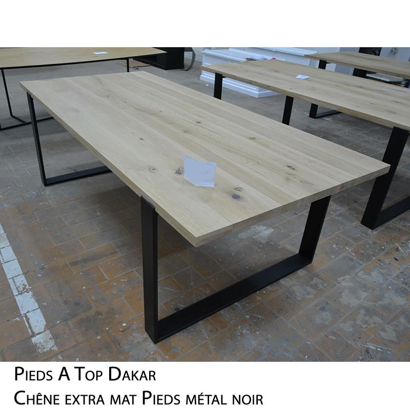 Table rectangulaire bois massif pieds métal design brut épuré sur mesure