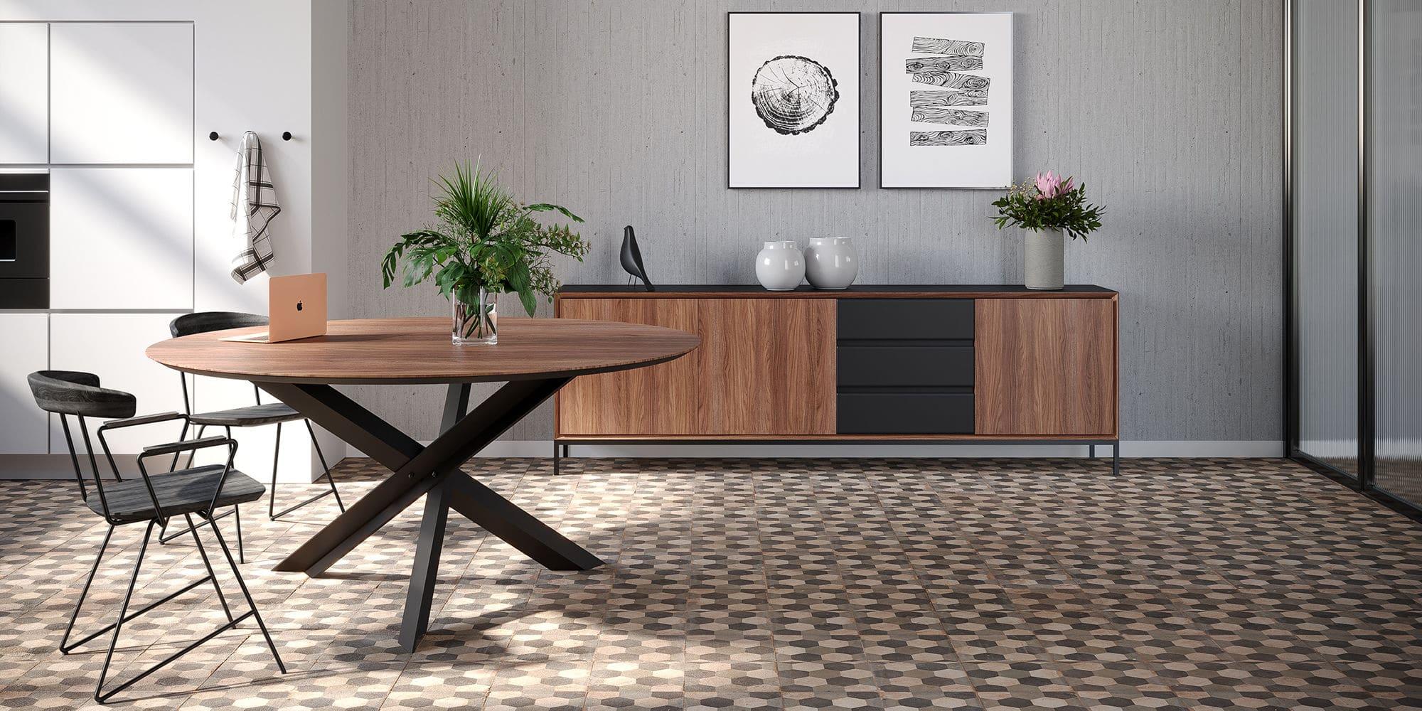 Table ronde en chêne, noyer et métal